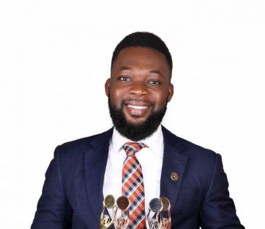 Young Ghanaian Entrepreneur who won 4 awards in the US launches Ghana's first online cosmetics shop