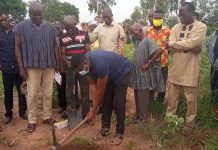 SOSA '94 year group cut sod for the construction of a 6-unit classroom block